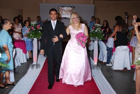 My wedding lila pink as fotos ainda no so oficiais mas quando receber tudo coloco em melhor qualidade os detalhes as fotos no mostram os detalhes da cauda junglespirit Choice Image