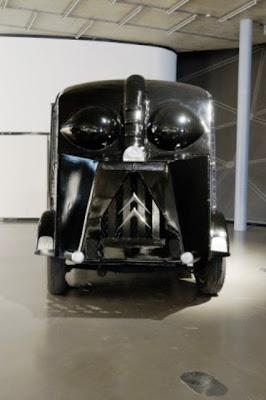 Darth Vader: Objetos parecidos.