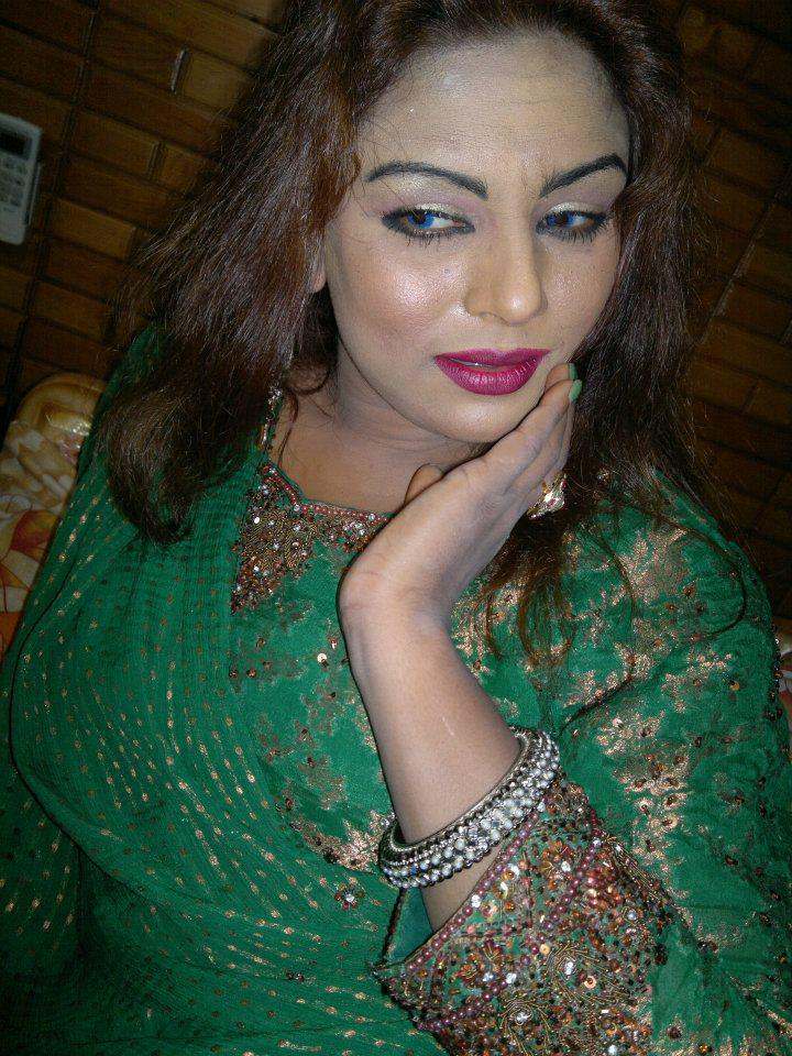 Pashto Film Actress And Singer Asma Lata New Wallpapers