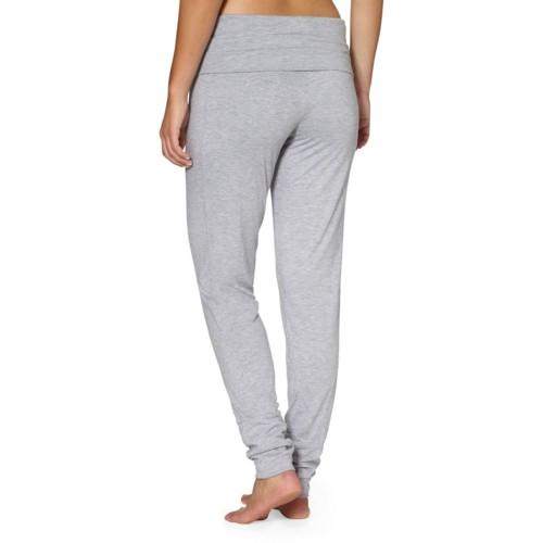 pantalón studio color gris - vista trasera