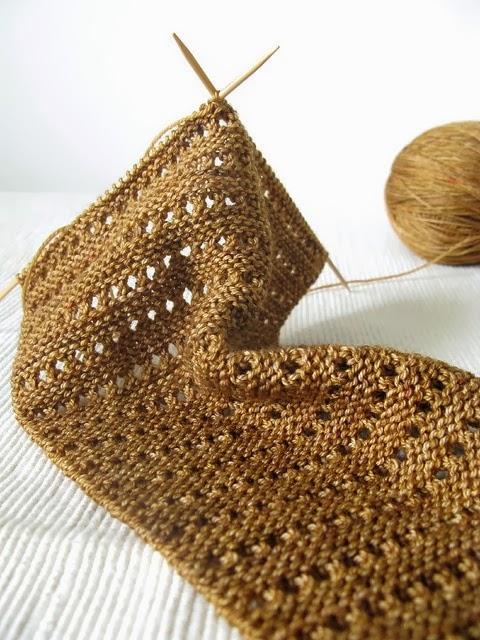 Top cris arte linhas: Golas de crochê e tricô DB55