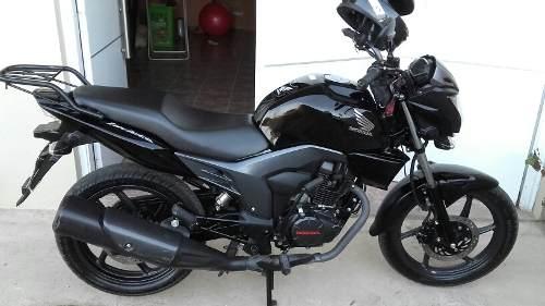 Motos En Cuotas  Honda Invicta Cb 150 - 2018