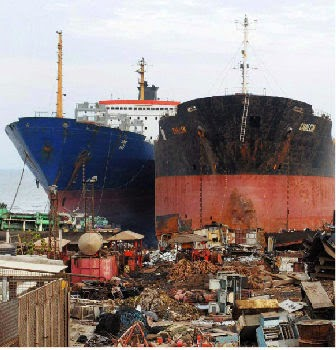 Alang ship dismantling, Ship breaking yards, ship plates, ship pipes, ship metal scrap
