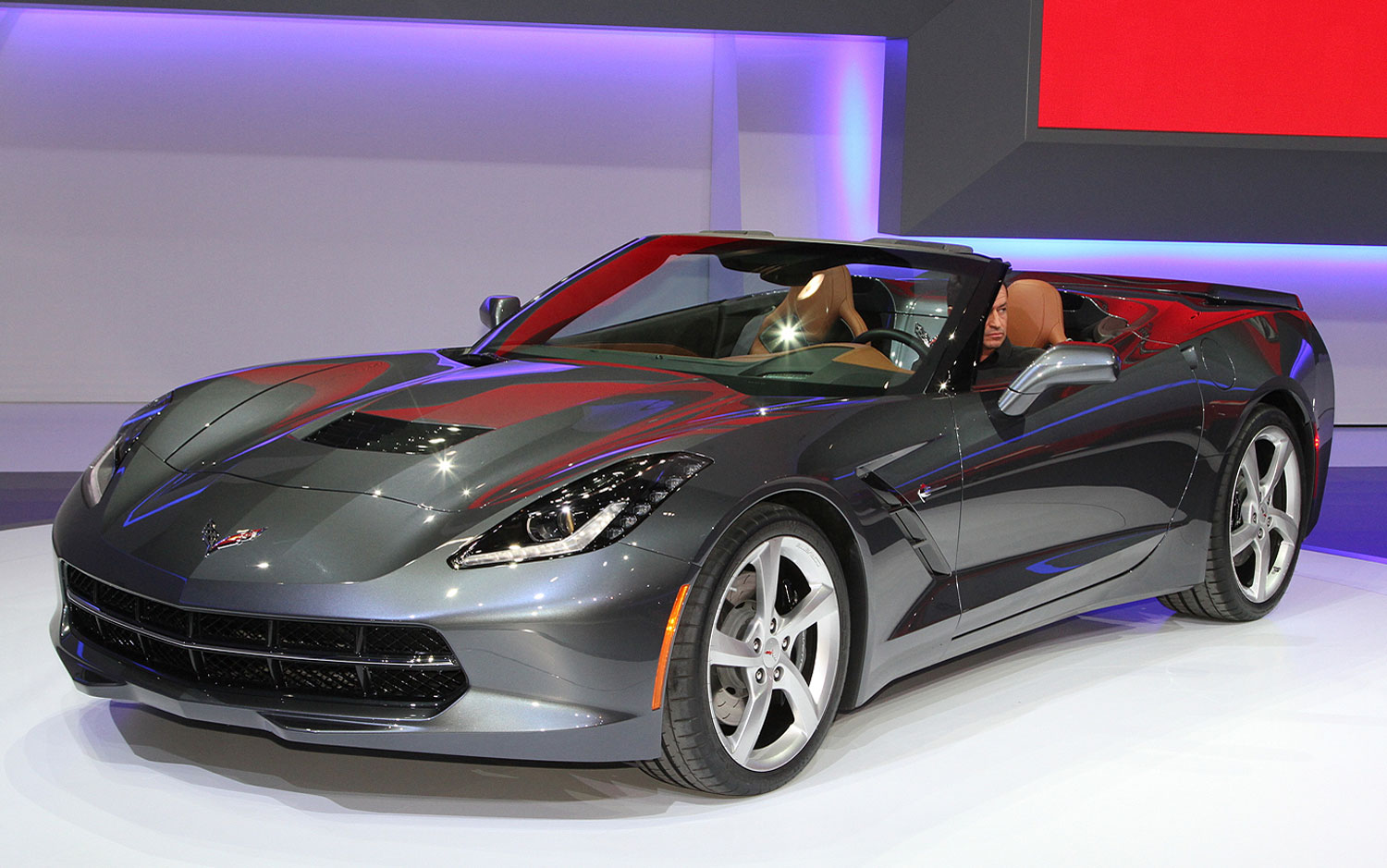 cars model 2013 2014 2014 chevrolet corvette convertible first look. Black Bedroom Furniture Sets. Home Design Ideas