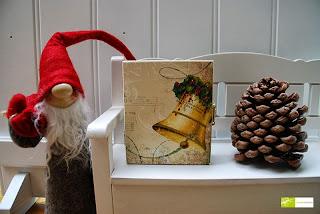 http://de.dawanda.com/product/53842803-Weihnachtsglocke---Schmuckkaestchen-Holzkaestchen