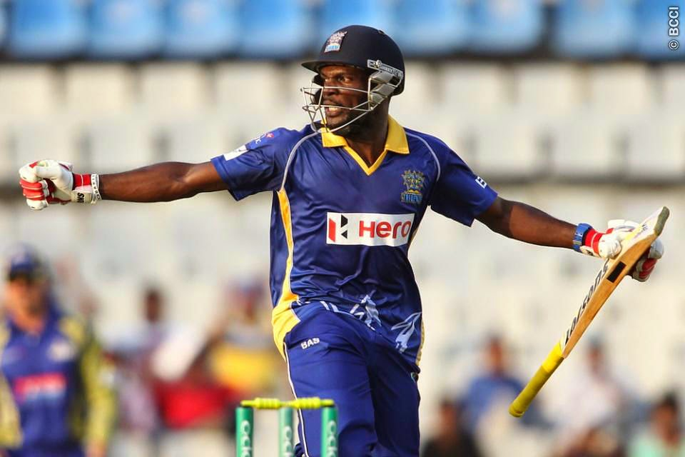 Jonathan-Carter-CAPE-COBRAS-V-BARBADOS-TRIDENTS-CLT20-2014