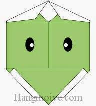 Bước 8: Vẽ mắt để hoàn thành cách xếp mặt con kappa bằng giấy đơn giản.