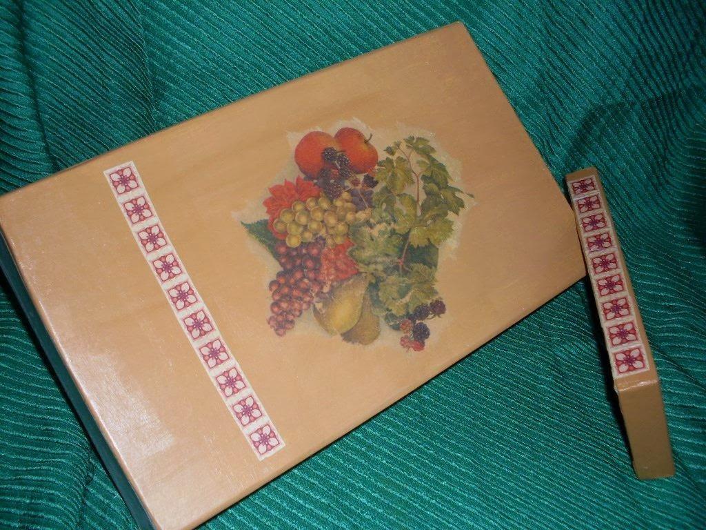 Voglio creare scatola portabottiglie di annamaria rossi for Foderare una scatola