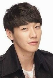 Biodata Kim Young Kwang Menjadi Pemeran Tokoh Seo Beom-jo