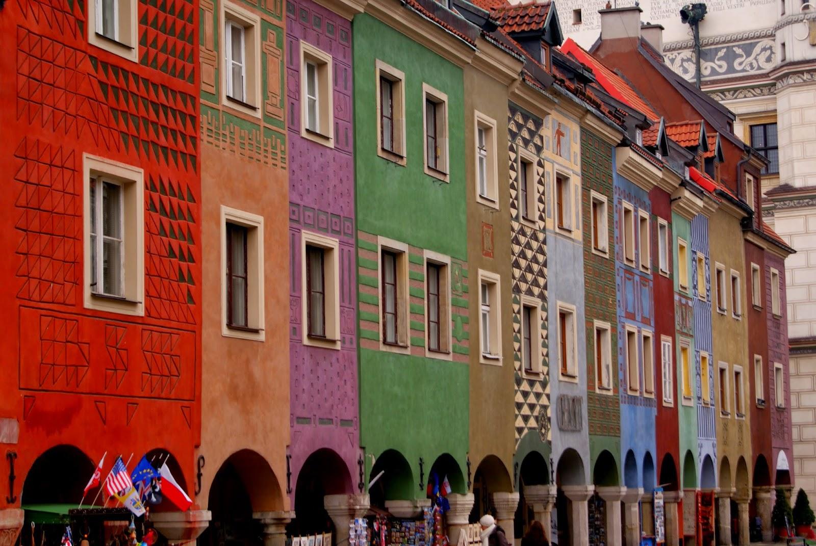 Poznań Starówka kolorowe kamienic Marta Deląg photography