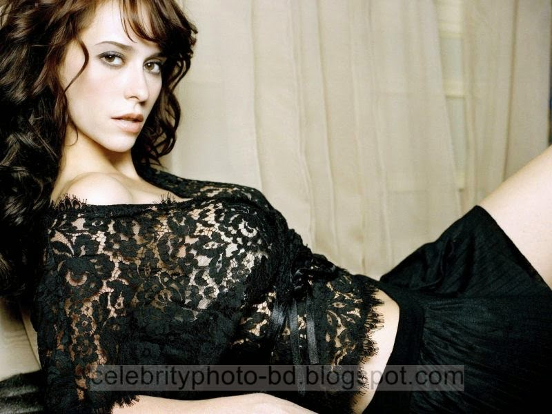 Jennifer+Love+Hewitt+Latest+Hot+Photos+With+Short+Biography008