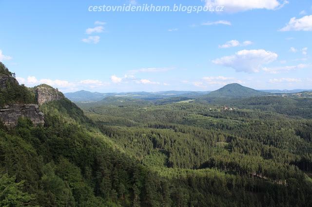 výhled na NP České Švýcarsko // a view of Bohemian Switzerland National Park