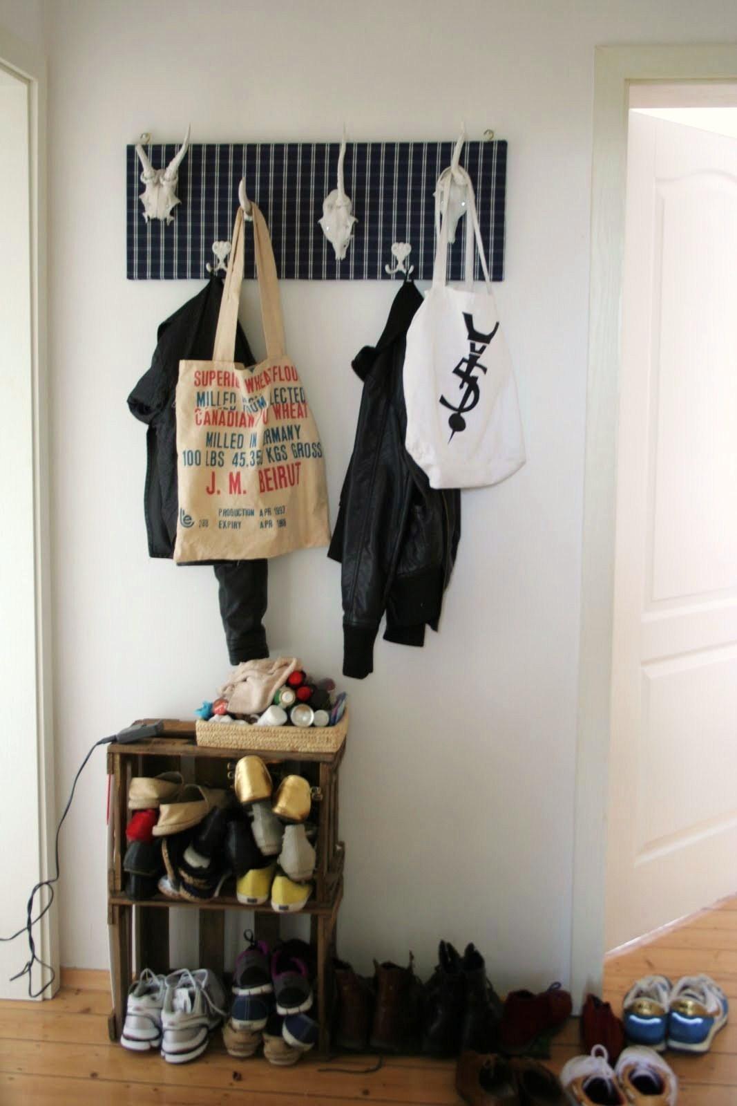 rouge mylove do it yourself garderobe. Black Bedroom Furniture Sets. Home Design Ideas