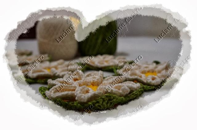 Flor margarida bicuda croche