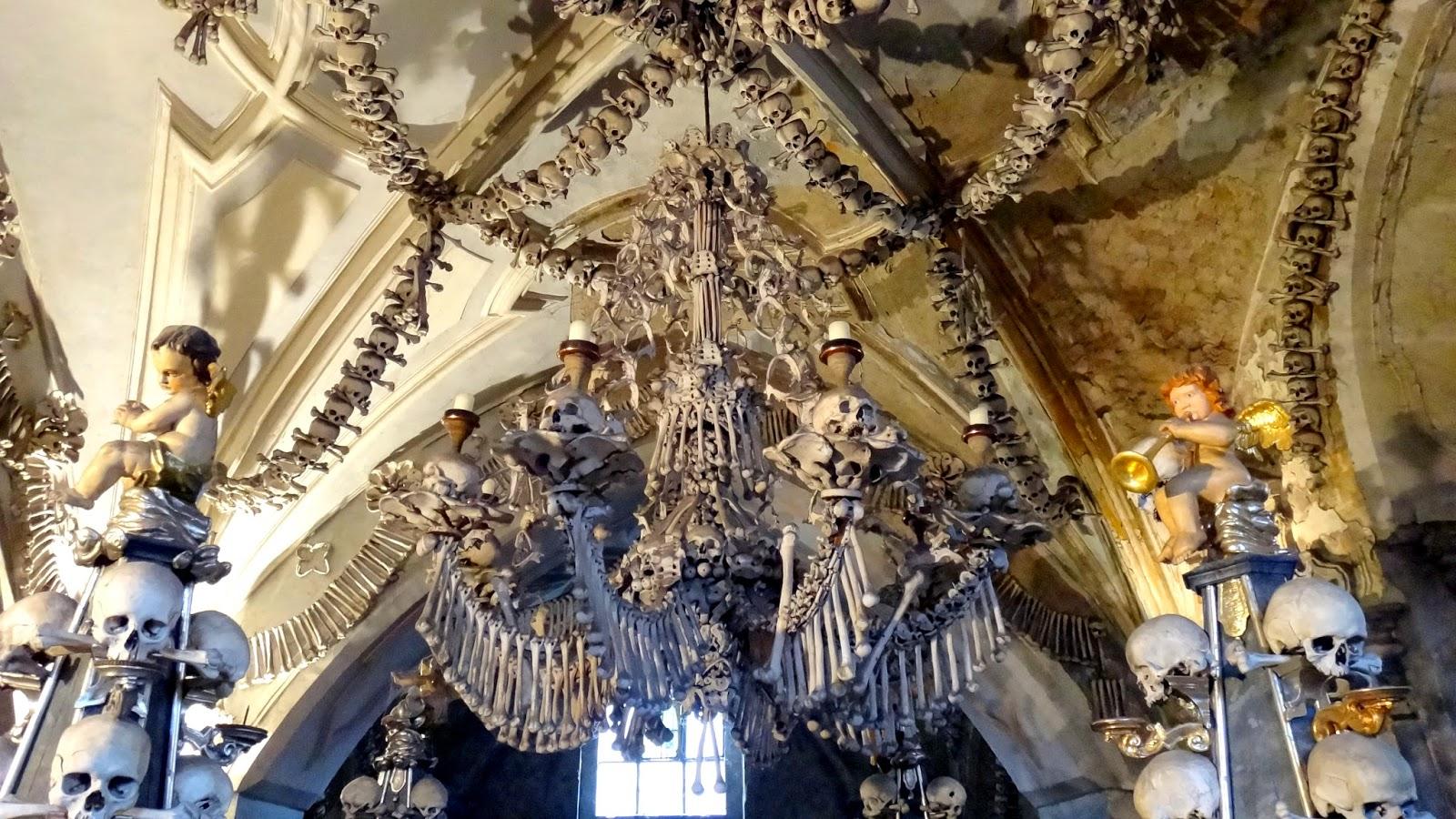 Osario de Sedlec, la iglesia de los huesos