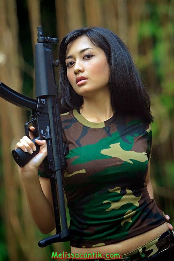 ... %284%29 Kumpulan Gambar Tentara Wanita Indonesia Cantik dan Seksi