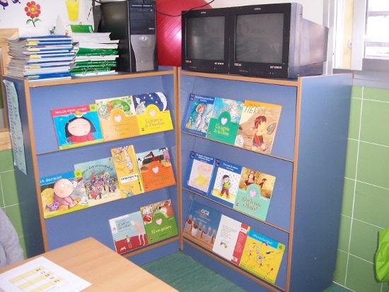 La lectura es cultura - Estanteria biblioteca infantil ...