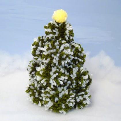 Pom-pom Christmas Tree tutorial