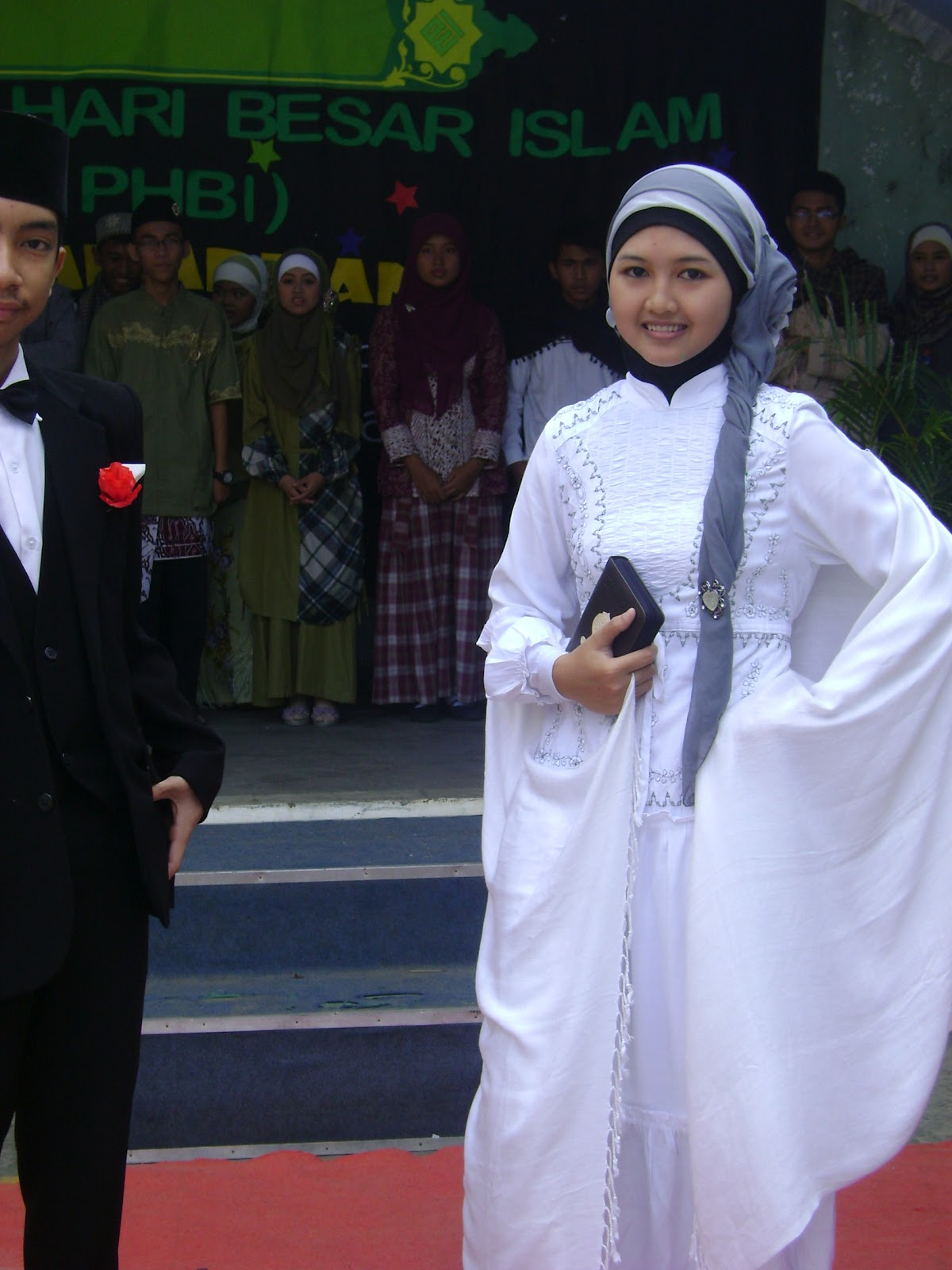 fashion show muslim of MAN 2 Ciamis
