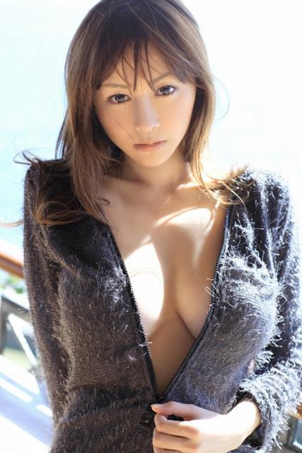 Japanese Sexy Model Anri Sugihara