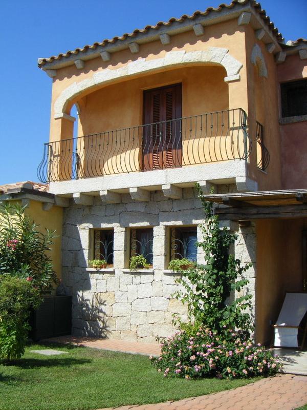 Fotos de casas im genes casas y fachadas fachadas peque as for Fachadas de piedra para casas pequenas