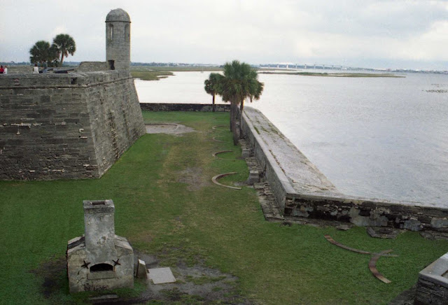 castillo San Marcos, San Agustin, fuerte español, baluartes,