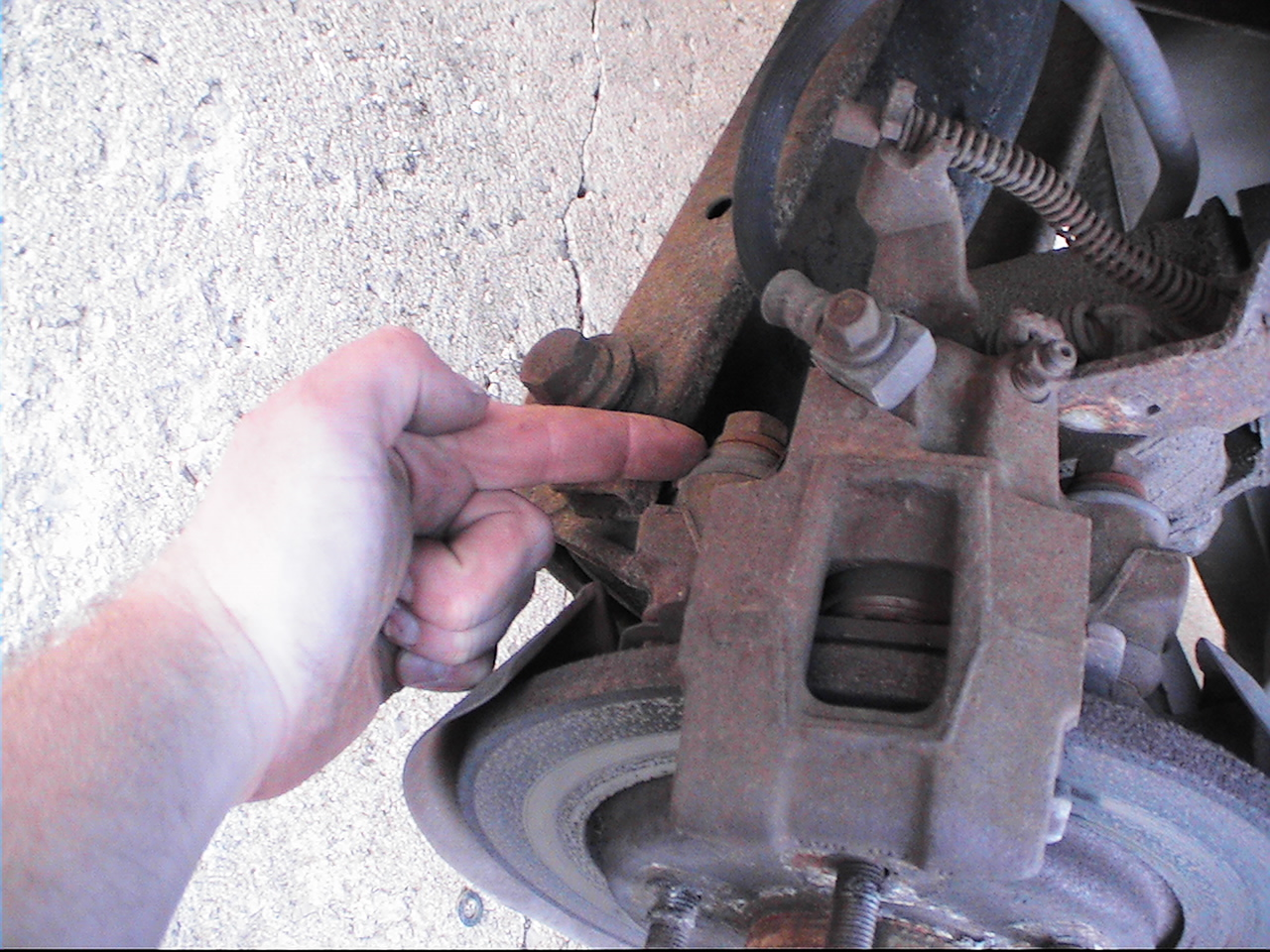FH Auto Repair: How To Change Rear Brake Pads and Rotors on a 1988 - 1996 pontiac Grand Prix
