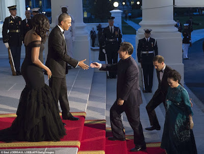 Michelle Obama stuns in designer Vera Wang gown as Obama's host Chinese leader