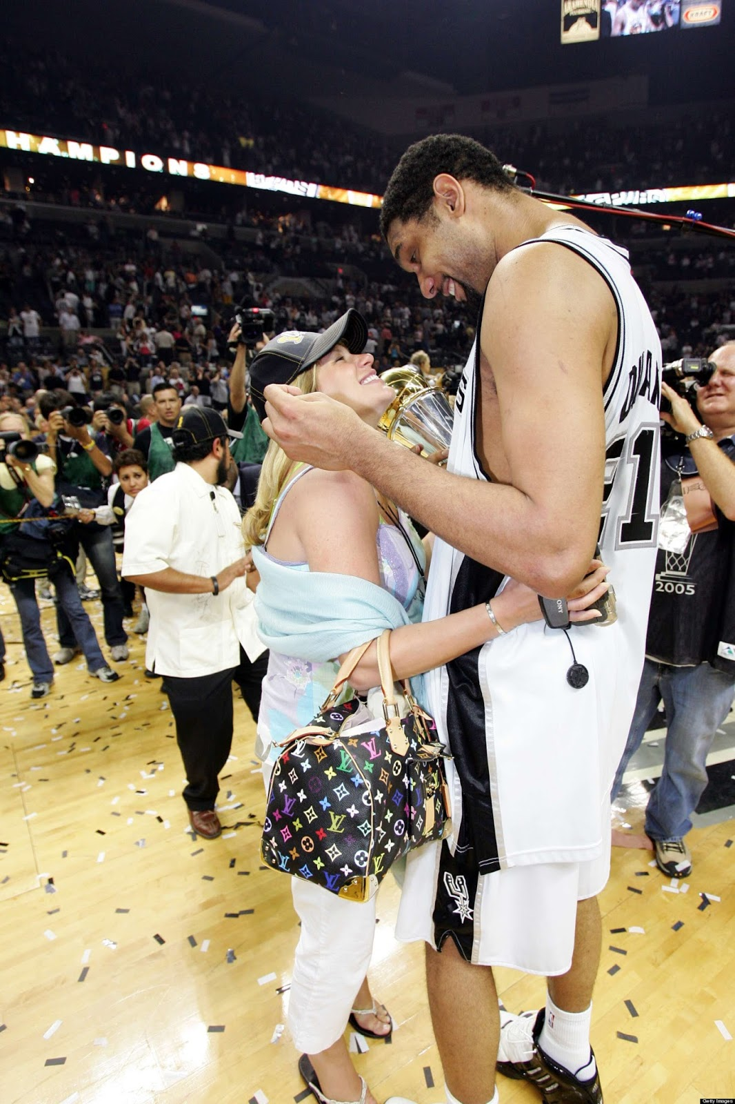 Tim Duncan Is Gay 29