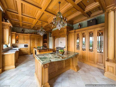 Inside Tyler Perry's $25m Mansion 4