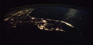 صور مدن العالم من المحطه الفضائيه الدوليه Image004