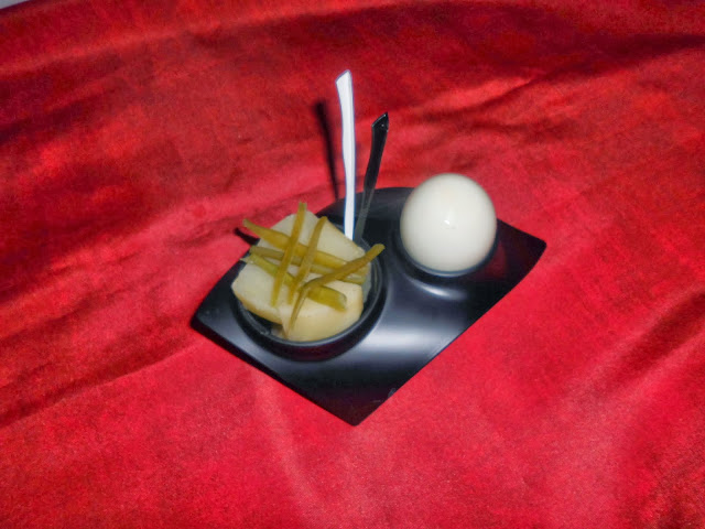 patatas al vapor con huevo y tiritas de judias