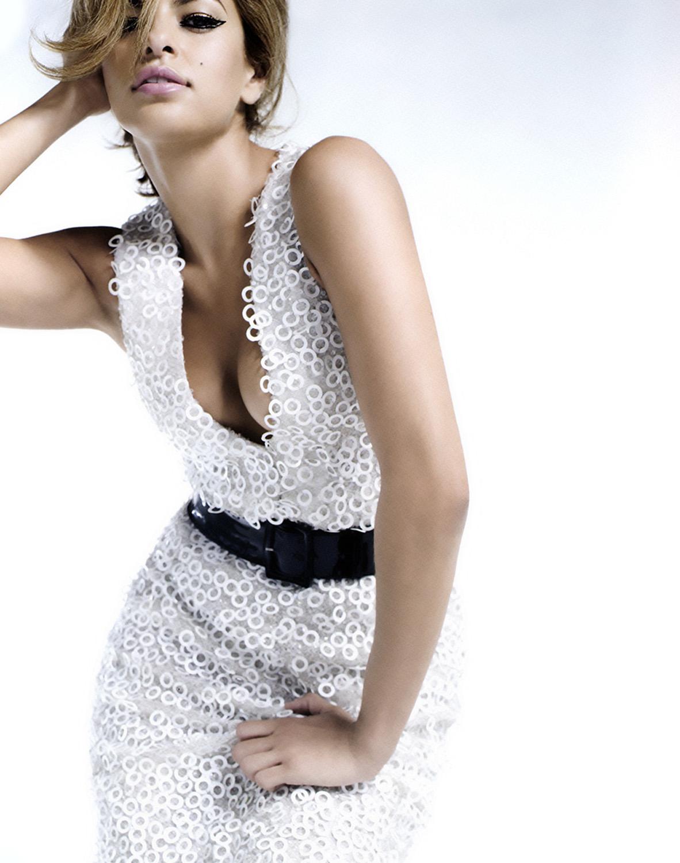 http://1.bp.blogspot.com/-P02JnawLYDE/UQhFxvhuozI/AAAAAAAAIDE/vN7EnxGyUkc/s1600/44855_Eva_Mendes_Photoshoot_For_Flaunt_Magazine_6_123_154lo.jpg
