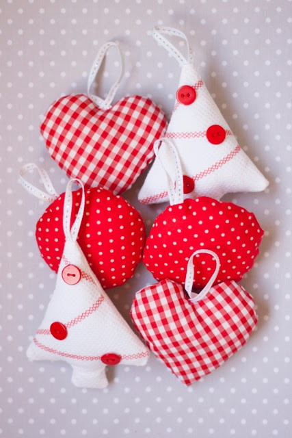 Los adornos de navidad diy m s bonitos para decorar estas - Adornos de navidad de tela ...