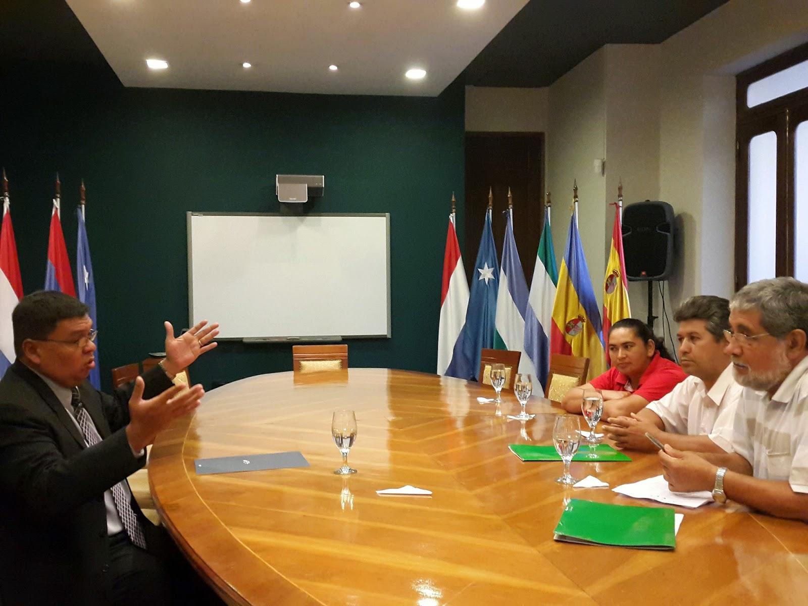 Partido paraguay pyahura entrevista de paraguay pyahura for Foto del ministro del interior