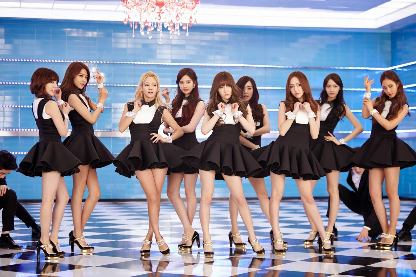 Soshified Styling Poll: Which SNSD The Boys Outfit?