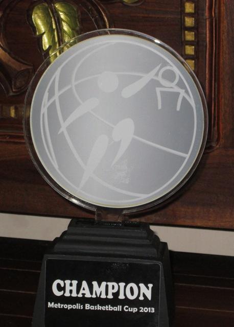 piala akrilik surabaya, pusat trophy akrilik, pesan plakat akrilik, 0812.3365.6355, www.rumahplakat.com