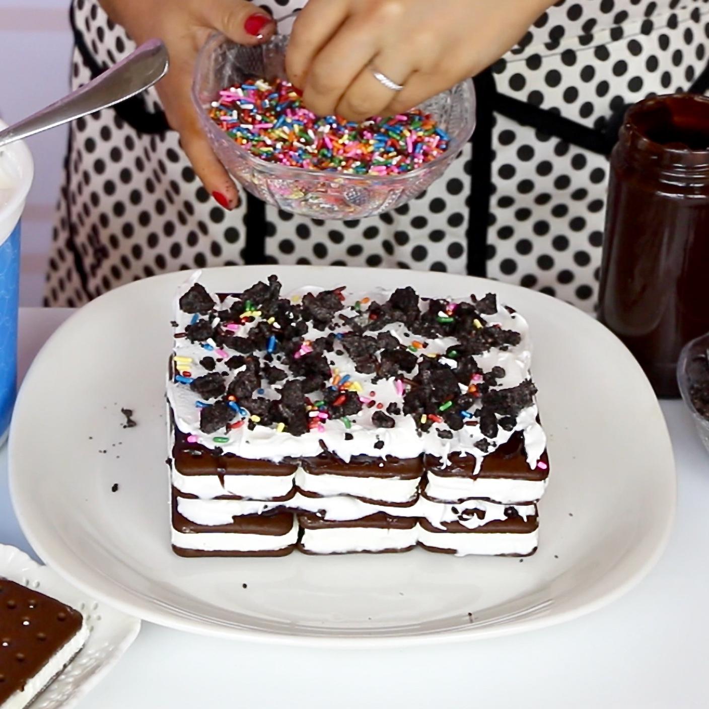 Video easy no bake ice cream sandwich cake with melting cone video easy no bake ice cream sandwich cake with melting cone lindsay ann bakes ccuart Choice Image