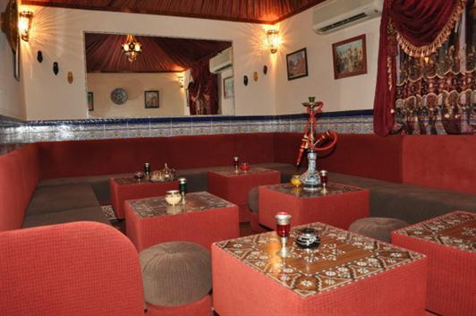 Teteria skapunk descripci n del proyecto - Decoracion de bares de copas ...