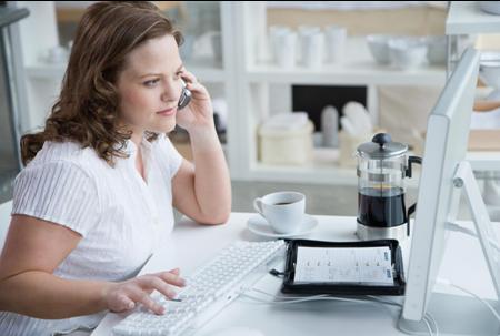 Học tiếng Anh giao tiếp văn phòng qua điện thoại