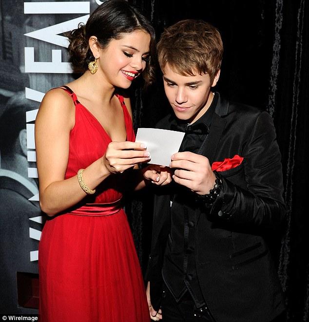 justin bieber selena gomez vanity fair. Justin Bieber and Seelna Gomez