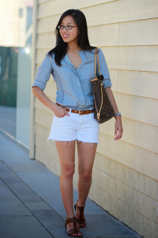chambray and white outfit combo fall trend