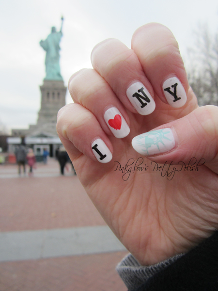 I-heart-new-york-nail-art.jpg