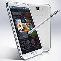 Galaxy Note II tem tela ainda maior que versão anterior.