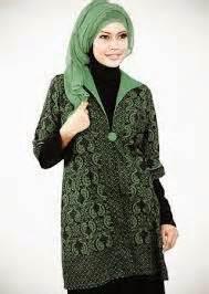 poto desain baju batik muslimah