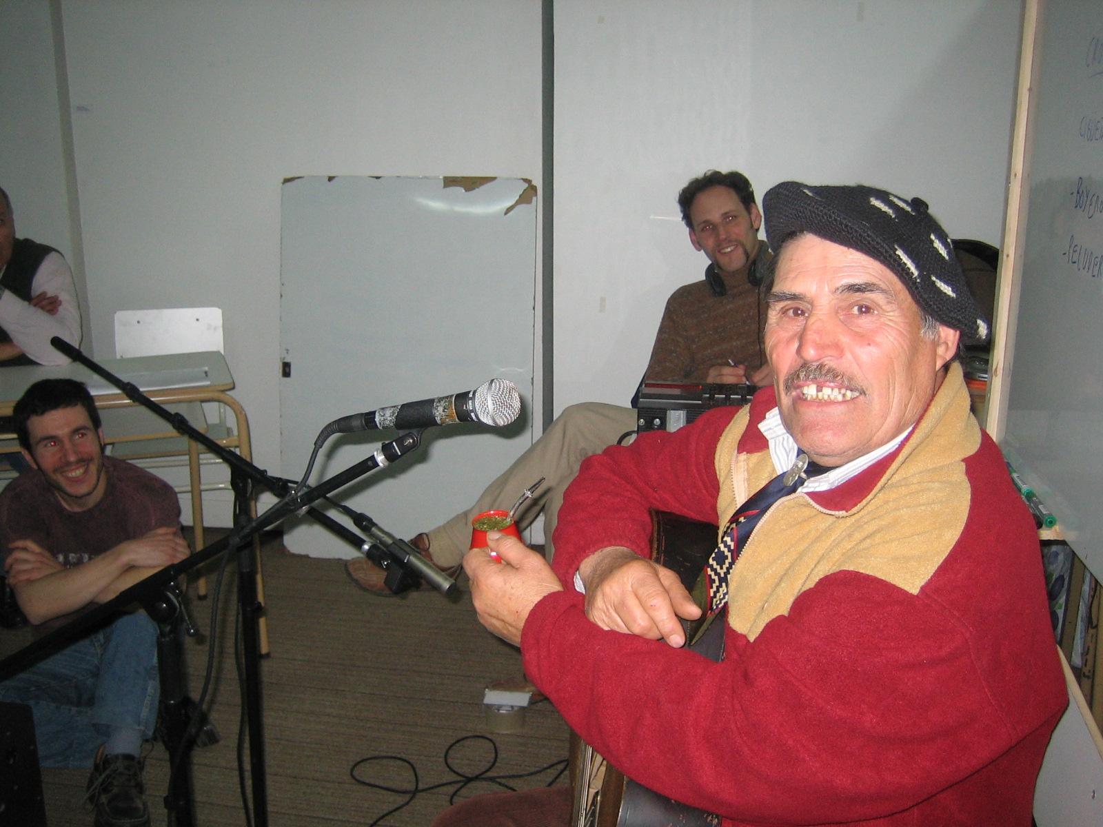 documentos sonoros, lenguaje radiofónico, folklore, educación, cultura oral, cultura popular, historia