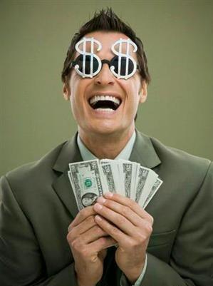 هل المال يجلب ويحقق السعادة  - rich man happy holding money dollars