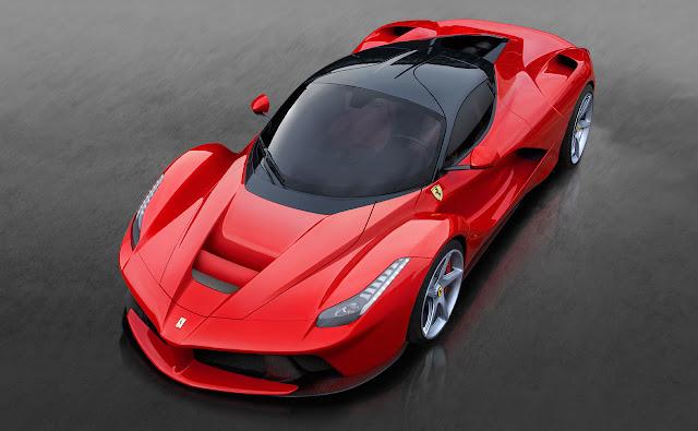 Lo splendido design della Ferrari LaFerrari ibrida