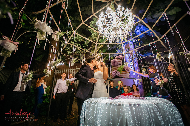 bacio torta matrimonio wedding cake