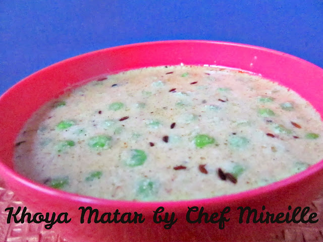 rajasthani green pea curry in milk gravy (khoya matar)